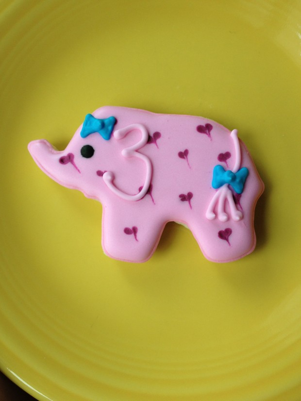 pink elephant cookie