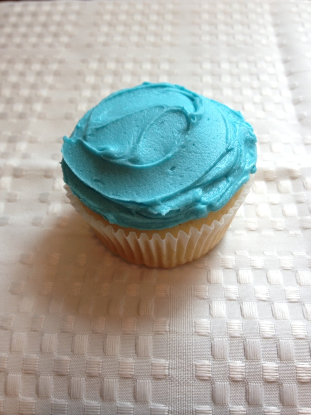 shark cupcake tutorial